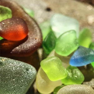 Christina Seeley - Social Media Photography - California Beach Sea Glass - PlayBig Studios